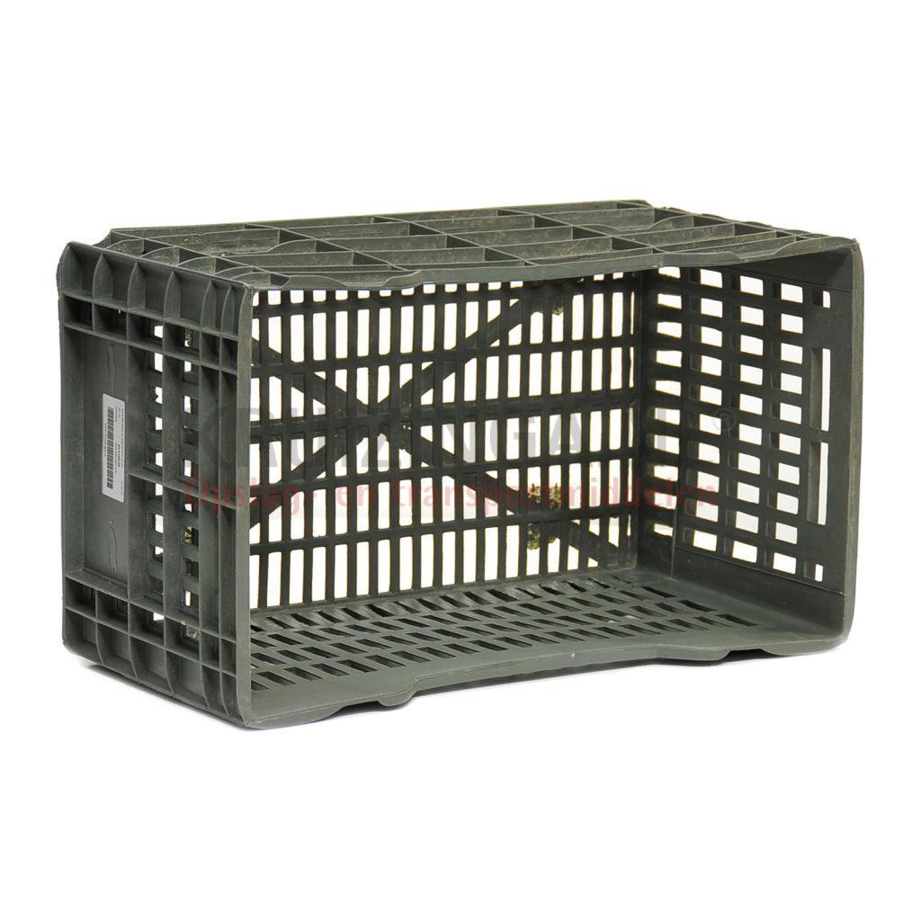 stapelboxen kunststoff stapelbar perforierte w nde und boden gebraucht ab 3 frei haus. Black Bedroom Furniture Sets. Home Design Ideas