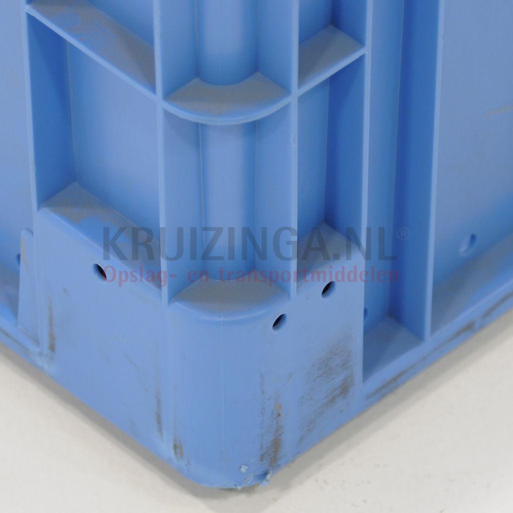 stapelboxen kunststoff stapelbar perforierte w nde und boden gebraucht ab 7 95 frei haus. Black Bedroom Furniture Sets. Home Design Ideas