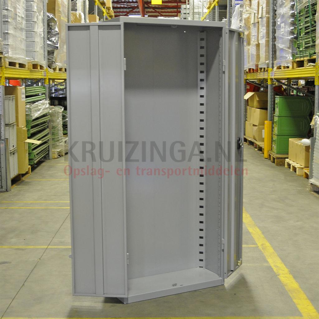 Schrank magazinschrank 2 t ren gebraucht 408 50 frei for Schrank gebraucht