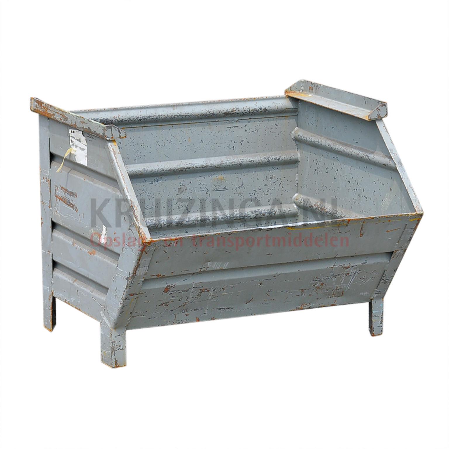 bac de rangement acier construction robuste bac empilable poign e inclin occasion. Black Bedroom Furniture Sets. Home Design Ideas