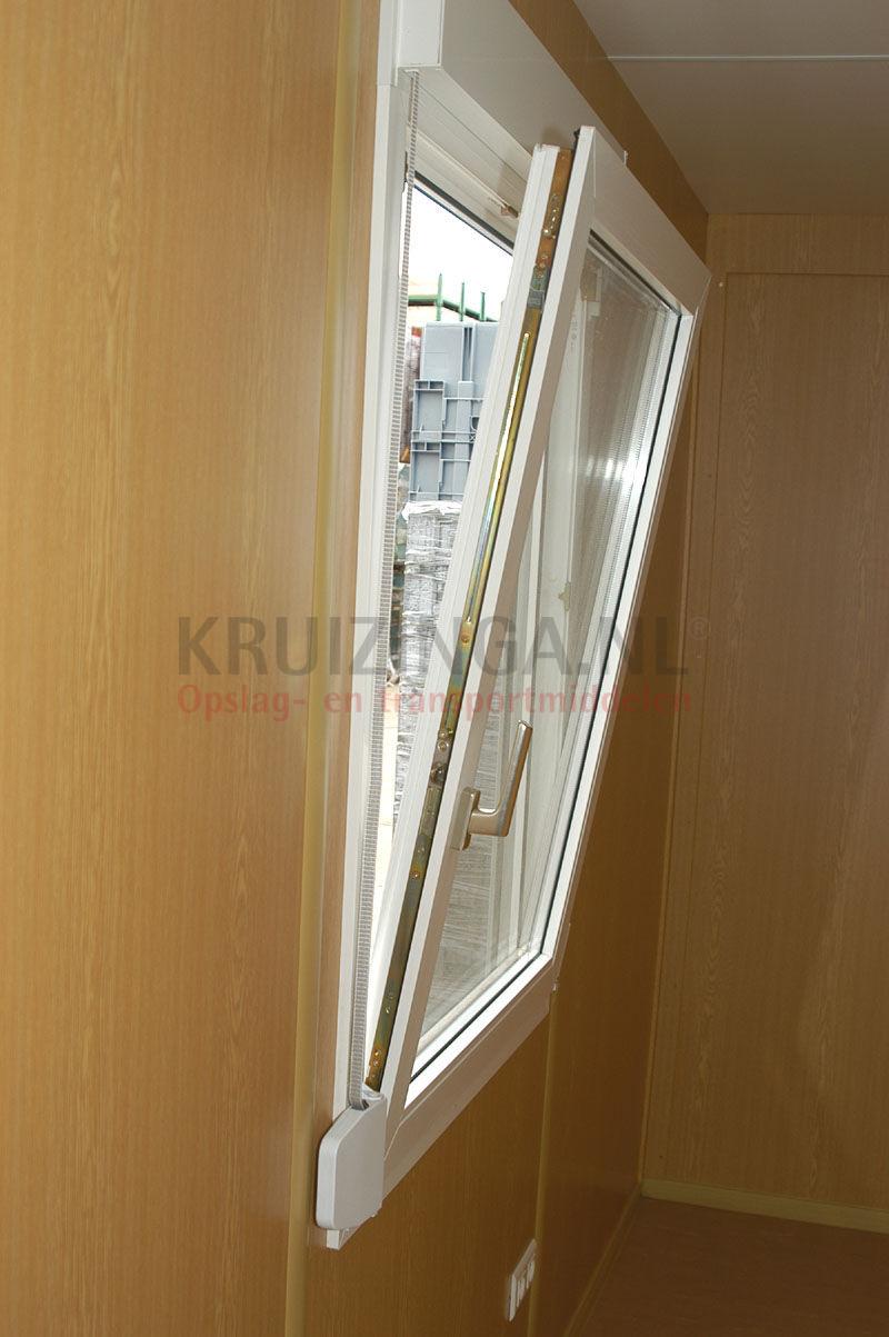 conteneur conteneur accommodation 10 ft location. Black Bedroom Furniture Sets. Home Design Ideas