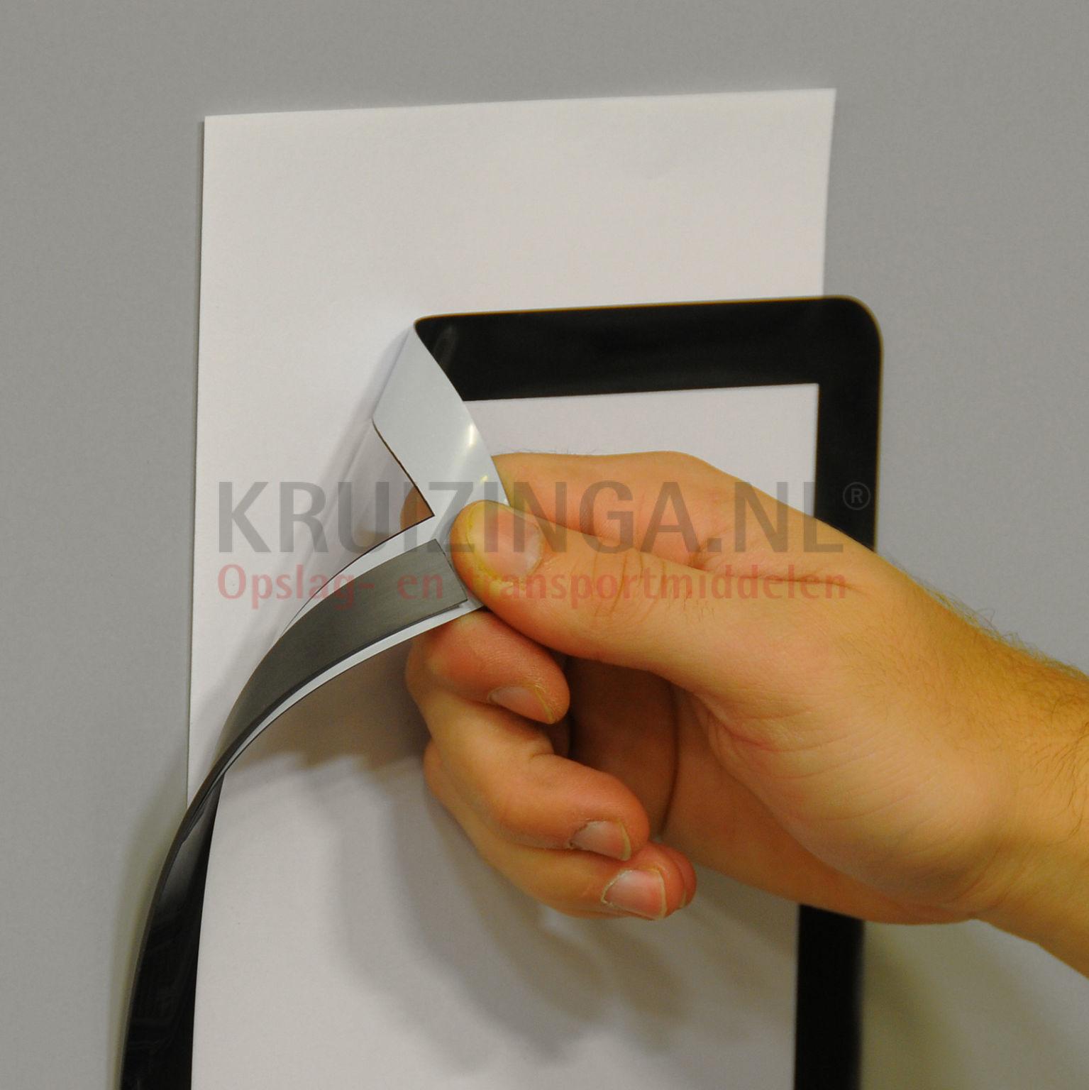 supports pour carte porte documents a3 magn tique partir. Black Bedroom Furniture Sets. Home Design Ideas