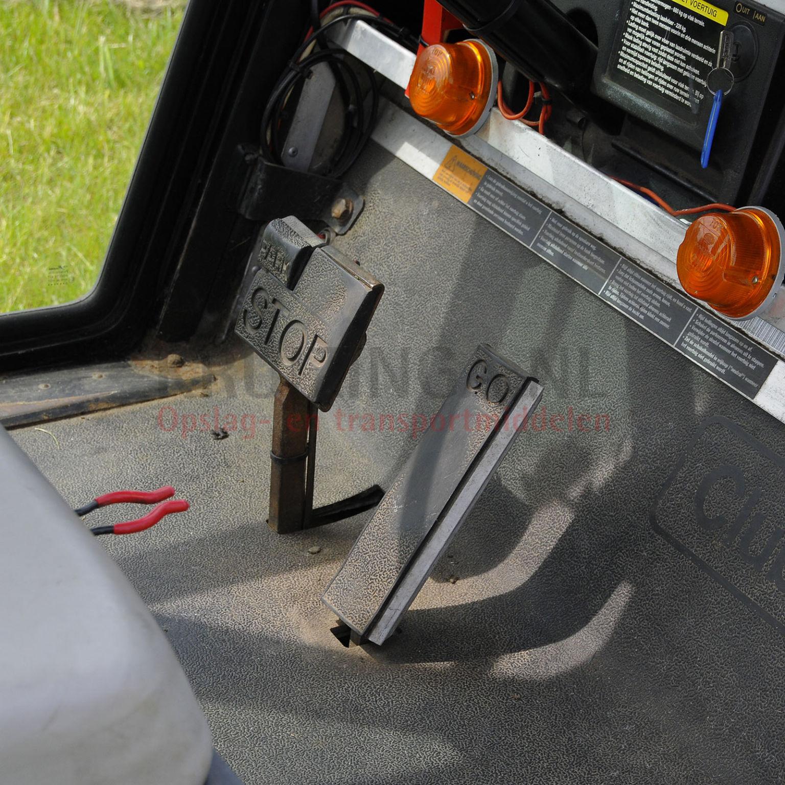 golf cart voiture de golf clubcar avec cabine lectrique occasion. Black Bedroom Furniture Sets. Home Design Ideas