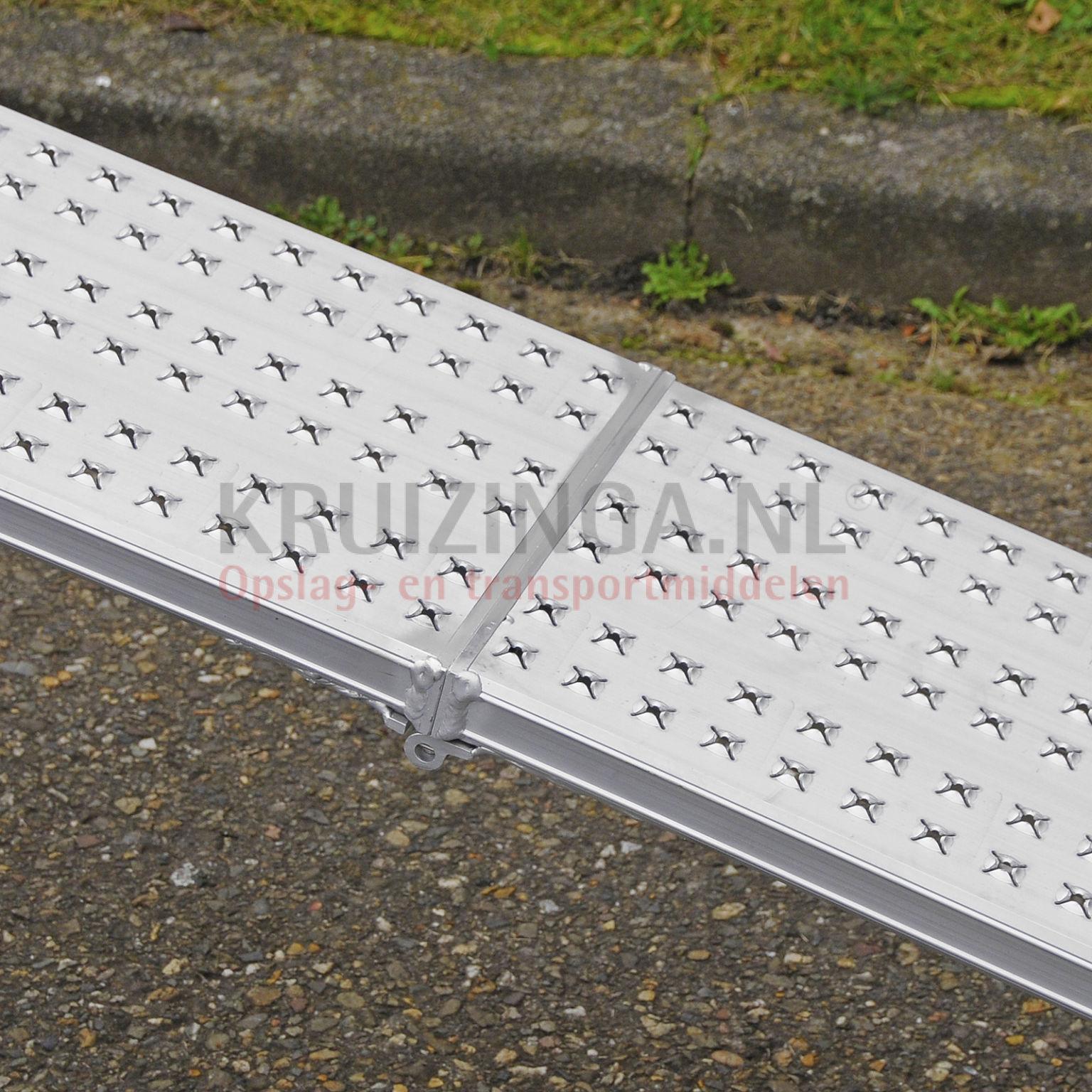 verladeschienen auffahrrampen auffahrrampe einklapbar aluminium 200 cm satz 552 50 frei haus. Black Bedroom Furniture Sets. Home Design Ideas