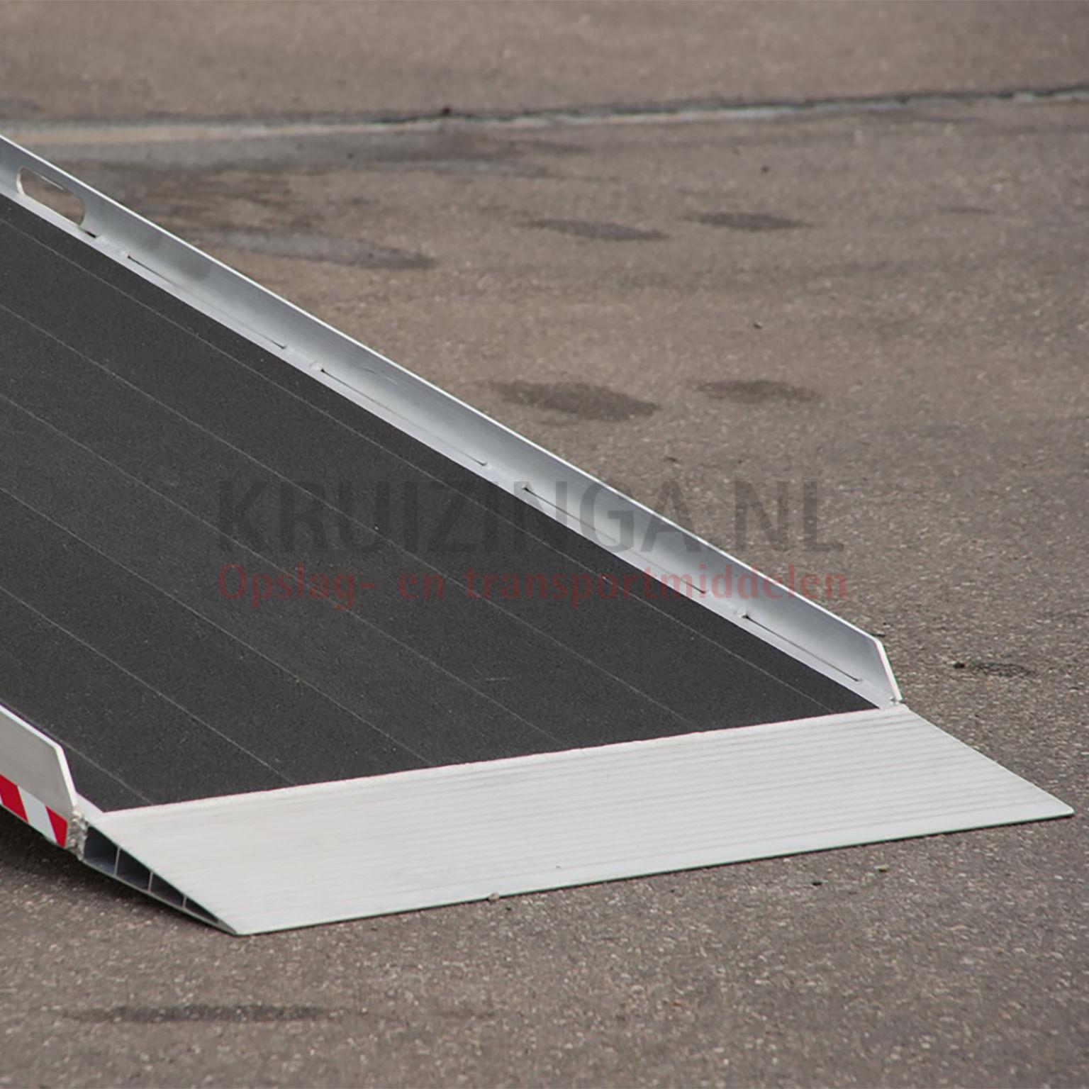 verladeschienen auffahrrampen auffahrrampe aluminium 300 cm pro st ck 1208 frei haus. Black Bedroom Furniture Sets. Home Design Ideas
